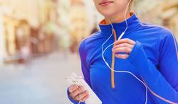 Muziekkeuze beïnvloedt onze wandelsnelheid