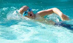 In 1 op 10 scholen gaan leerlingen nooit zwemmen