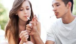 Tienermeisjes die roken krijgen vaker osteoporose