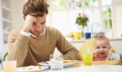 Ook vaders depressief na geboorte