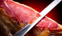 Hoe maak je chips of kruimels van gedroogde ham?