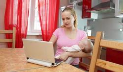 Nieuwe moeders zoeken veel informatie op internet