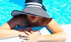123-vr-zon-zwembad-hoed-01-18.jpg