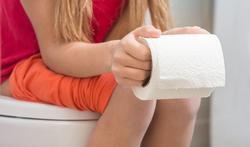 123-wc-papier-rol-diarree-constip-meisje-04-18.jpg
