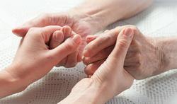 Onlinecursus voor huisartsen over ouderenmis(be)handeling