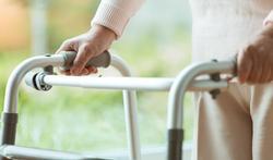 Is sociaal isolement de oorzaak van grote aantal overlijdens in woonzorgcentra?