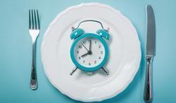 Wat is intermittent fasting en (hoe) werkt het?