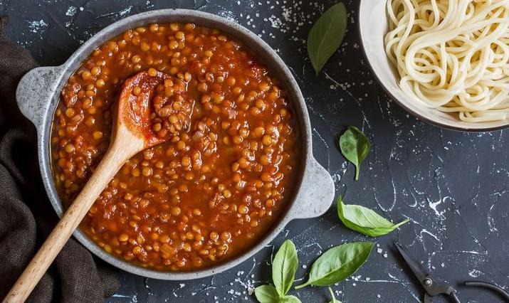 123h-linzen-veggie-bolognese-pasta-12-18.jpg