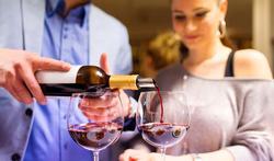 UGent / Wat doet alcohol met uw lichaam? Doe mee aan het alcoholonderzoek tijdens Tournée Minérale