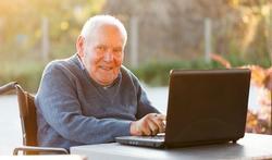 Ouderen hebben baat bij plaatjes op websites