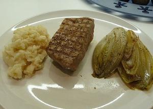 HD-ww4-steak-witloof-600.jpg