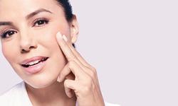 HYALURONZUUR: het ultieme ingrediënt bij rimpelbestrijding en anti-age skincare