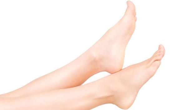 wat kan u zelf doen tegen gezwollen benen of voeten?   gezondheid.be