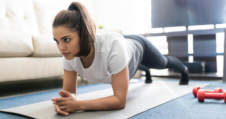 f123-h-plank-workout-03-19.jpg
