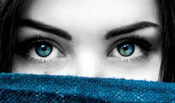 Meer dan 8 op 10 mensen heeft klachten over de negatieve effecten van blauw licht