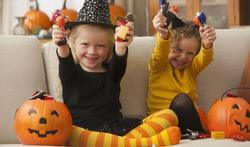 5 manieren om Halloween te vieren zonder je peuter bang te maken