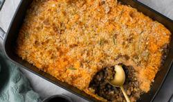 Veggie pastei met zoete aardappel en paddenstoelen