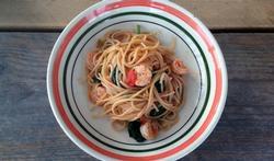 Spaghetti met garnalen en groene asperges uit de oven