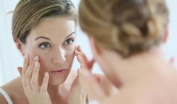 Les bactéries de la peau, nos alliées pour vieillir beau ?