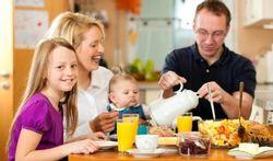 Bien manger : quelques minutes en plus à table font une grande différence
