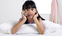 Un enfant reste seul à la maison : comment ne pas angoisser ?