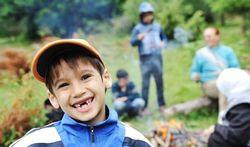 Les bonnes actions rendent les enfants plus heureux
