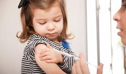Méningite : quelle vaccination chez l'enfant ?