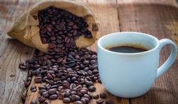 Hoofdpijn of migraine door te veel of te weinig cafeïne
