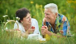 Couple : la force de la relation survit au décès du conjoint