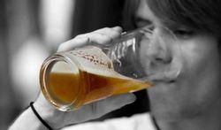 Dépendance à l'alcool : difficile d'en parler avec son médecin