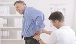 55-plussers slikken te veel pijnstillers tegen rugpijn