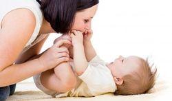 Comment bébé se prépare aux câlins
