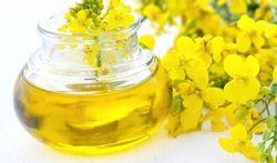 Règles douloureuses : essayez l'huile de colza !