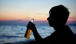 Dépendance à l'alcool : des indices dès l'enfance