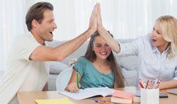 Féliciter un enfant : oui, mais sans en rajouter