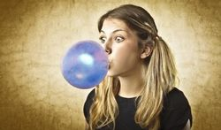 Une chanson vous obsède ? Mâchez du chewing-gum !