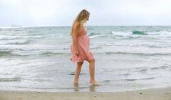 Pourquoi la grossesse allonge les pieds