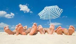 Comment bien s'installer pour bronzer à la plage ?
