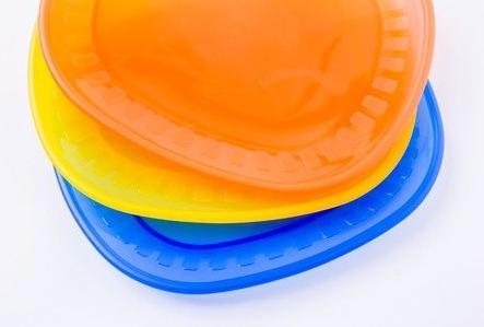 Liever geen eten opwarmen in plastic borden