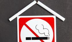 Waarom ventileren niet helpt als u in huis rookt