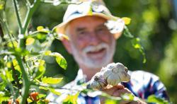 Tuinieren is ideale beweging voor ouderen