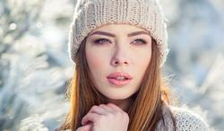 Cheveux, peau, mains, visage... : que faire contre les effets du froid ?