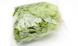 Zijn zakjes voorgesneden sla ongezonder dan verse sla?