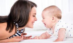 Vidéo - Comprendre puis parler : comment les bébés apprennent-ils une langue ?