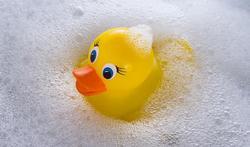 Jouets de bain : mignons, mais remplis de bactéries