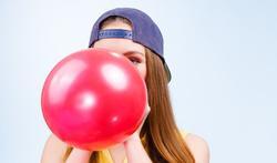 Knallende ballon maakt evenveel geluid als pistoolschot