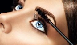 Produits de maquillage : attention aux bactéries