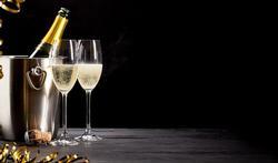Mise au frais, verres, ouverture... : 4 questions sur le champagne