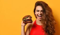 Aliments très caloriques : un GPS dans notre cerveau