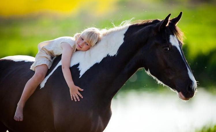 123m-kind-meisje-paard-26-9.jpg